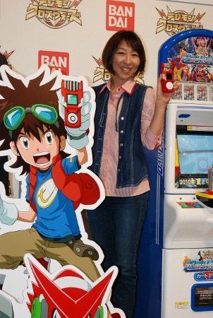Ve beklenen haber; Digimon 6. Sezon Yayın Duyurusu!! - Sayfa 4 Xroswarspromotion